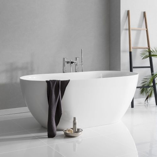 Form Clearstone Freestanding Bath by VCBC