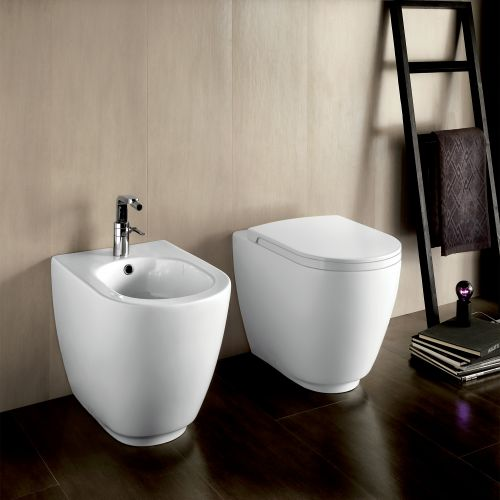 Fusion Back-To-Wall Toilet by Michel Cesar
