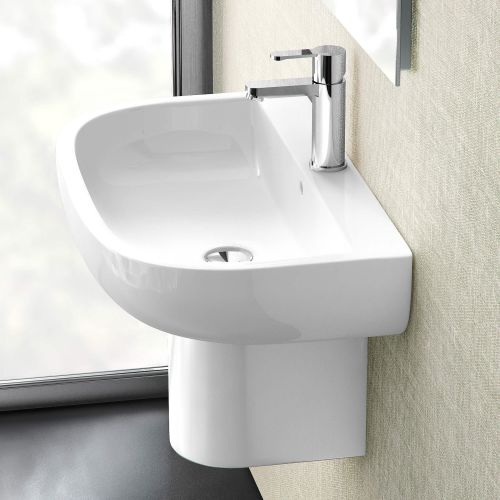 Compact Accessible Basin by VCBC