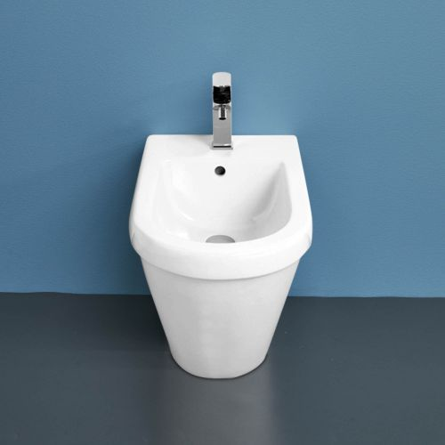 Onda Back-to-Wall Bidet by VCBC