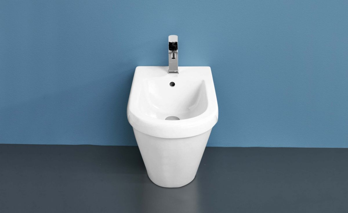 Onda Back-to-Wall Bidet