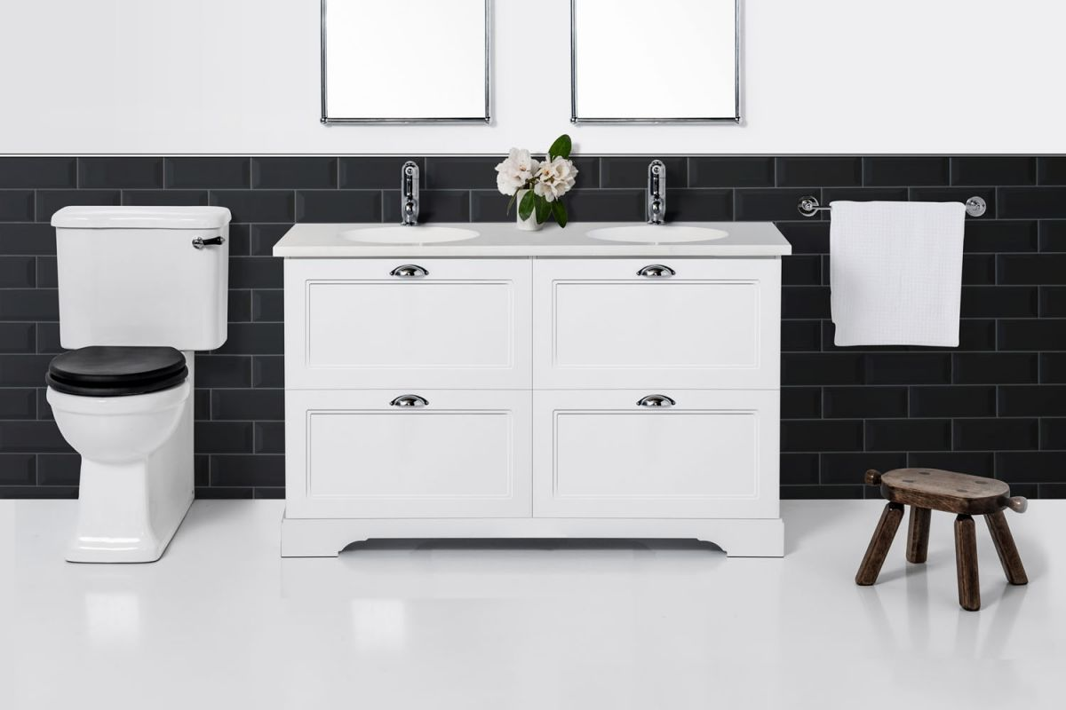English Classic 1350 Floor Standing Vanity Double Bowl 4 Drawers