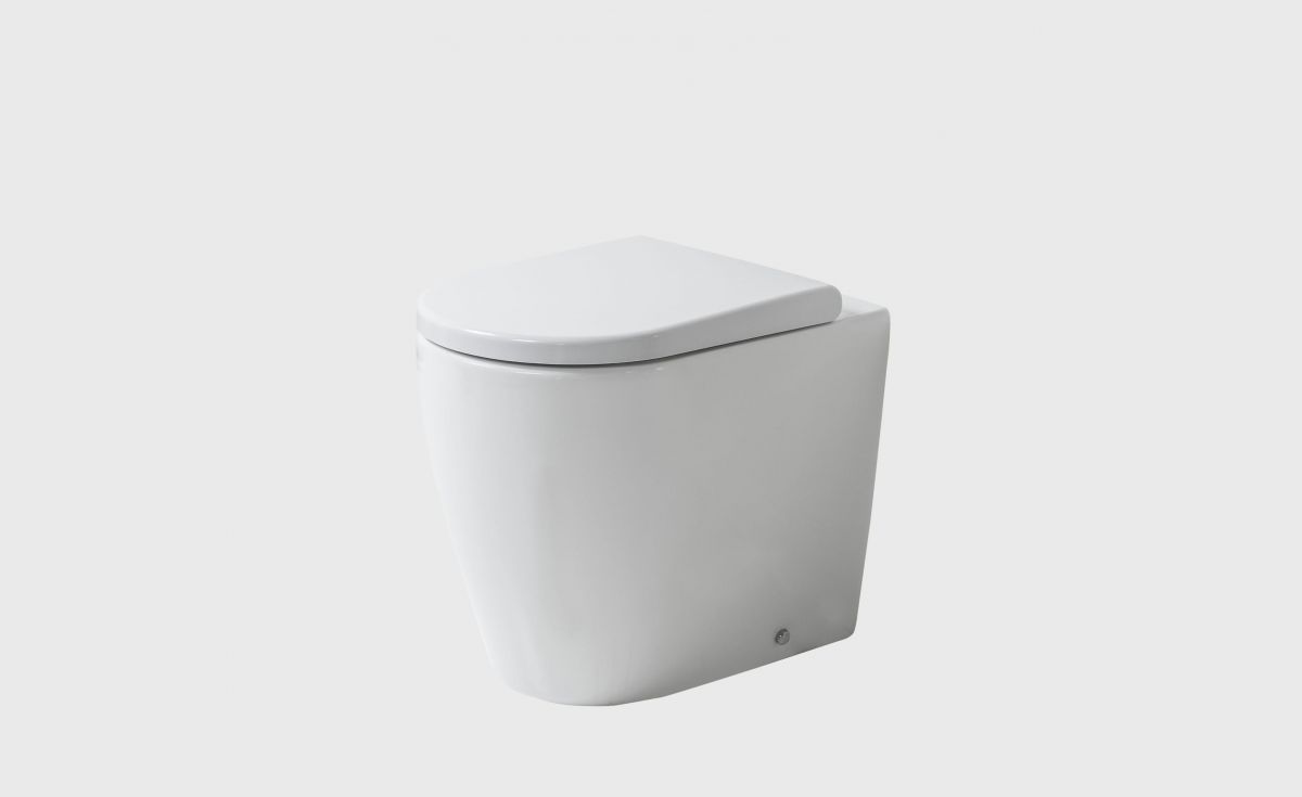 Cascade Easy Height Rimless BTW Toilet Suite
