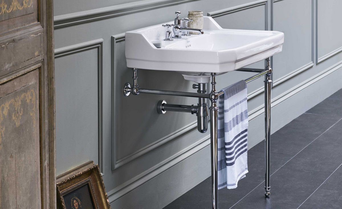 Edwardian Rectangle 610 Basin & Chrome Wash Stand