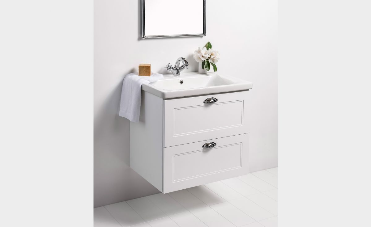 Soft Classic 650 Wall-Hung Vanity