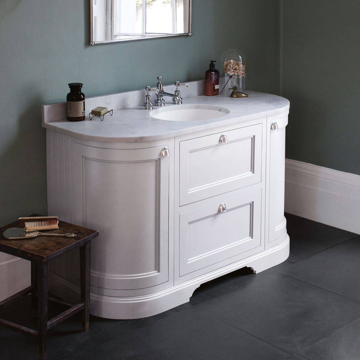 Freestanding 1340 Curved Vanity with Drawers