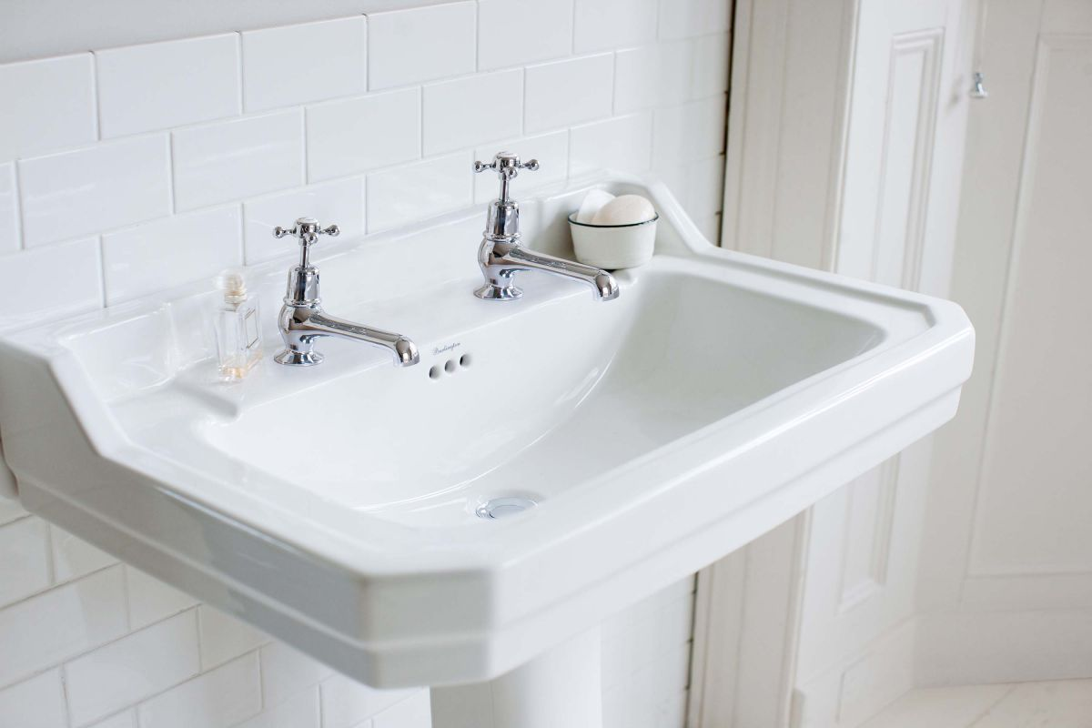Edwardian Rectangle 610 Basin & Pedestal